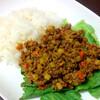 【今日のごはん】夫が屈服した野菜たっぷりドライカレー!