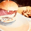 モントリオールの1個1600円のハンバーガー【burger royal】