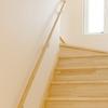 「家の中」「玄関外」の階段が問題になるとき!?「家庭用階段昇降機」が解決するかもしれません!