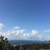 遠くに雲。青空の関門海峡。これから日本海側に寒気が下りてきて島根辺りまで雪が降るかもですって。。。。