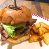 東京でおいしいハンバーガーまとめ。都内の11店舗をレビュー【女性がおすすめする、デートもできるハンバーガー屋】