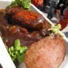 ●NACK5スタジアム「ネオ屋台村」のロコモコ丼