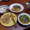 幸運な病のレシピ( 670 ) 夜:パテから作った羽つき餃子、モツ鍋(ニラ入り)、一人しりとり