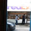 今日もハッチが開いてます・・・FedEx到着。杉島ブログです。