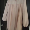 チュールのスプリングコートを縫う。