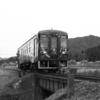 淡々と往復する列車