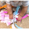 折り紙びりびり遊び