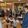 泉高校の生徒さんと丸山K4・K5園児との交流会