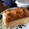 レッスンで作ったパンで朝食