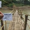 #041  ルアンパバーンで竹橋を渡ってみた。(2012.12)