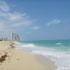 勇気をもってマイアミにあるヌーディストビーチに行って見たが、5分で退散した!!