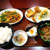 「中華ダイニング 栄」と「にんにくの茎と豚肉炒め定食」
