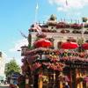 お花でいっぱいの可愛いパブ!ロンドンのThe Churchill Armsでタイ料理を食べませんか?【ノッティングヒル】