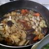 幸運な病のレシピ( 1950 )朝:解凍タラのフライ、鶏唐揚、鮭、手羽先醤油、干し大根と鶏むね合わせ煮、味噌汁、マユのご飯
