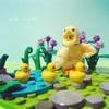 お気に入りのアヒルちゃんとミニフィグでレゴ遊び♪
