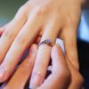 30代の婚約指輪の相場は、価格ではなくデザインが末永く使えるもの