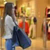 【服を買う時】店員さんが気になりますか?