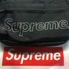 Supremeのショルダーバッグを買いました