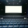 朝イチの映画館