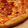 同性婚お断りのピザ店、それとは知らずゲイ・ウエディングにピザ提供