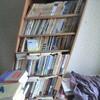 紙ものの整理やコレクションのリスト作り、本棚の整理など