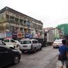 ヤンゴン中心部を散策。異国の雰囲気を存分に味わい、大きなマーケットで客引きに遭う。【2016年7月ミャンマー旅行記4】