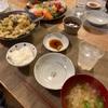 ごはん、お刺身、牡蠣と長ネギ卵とじ、大根と玉ねぎの味噌汁