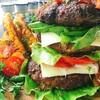 繋ぎなし!牛ハンバーグで肉バーガー