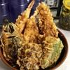 南区真金町の「天ぷら 豊野」で海鮮天丼