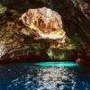 ギリシャのメッサリーニ洞窟はこの世のものじゃない美しさ!