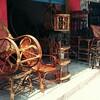 インド、バンガロールで木の椅子を購入!