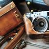 KAZAのX100F専用ヴィンテージ風レザーケース Fujifilm X100F COMBO set Full Case + Strapレビュー