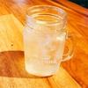 ビンでお酒を飲む、おしゃれな発想♪
