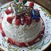 プレゼントだらけのクリスマスケーキ