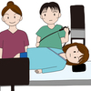 2025大阪万博のロゴと大腸内視鏡検査