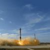 Falcon Heavy 打ち上げ成功、2機のサイドブースターの着陸も確認