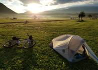 移動もソロキャンプの楽しみ。【徒歩・自転車・バイク・クルマ】の手段別、ソロキャンの楽しみ方と収納術