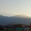 日の出と鳥海山