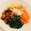 韓国的丼料理「ナクチポックムビビンバ」
