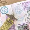 【パスポートの出入国スタンプ】