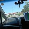 サクションカップは吸盤でガラスに固定できるので車の撮影におすすめ