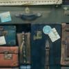 なんと!!機内の棚に荷物がいっぱい!助けて下さい英語の神様!