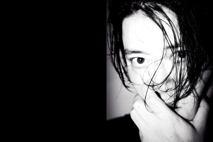 渋谷慶一郎『ATAK024 Midnight Swan』〜12年ぶりのピアノ・ソロ・アルバムで立ち上る未知の音像を語る