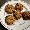 【ボウル1つ混ぜるだけ】プロテイン入りオートミールクッキーのレシピをご紹介【卵・砂糖なし】