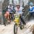 ★モトクロッサーに引かれながら行うスキーレース「Twitch 'n' Ride 'skijoring」