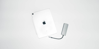 Mac・iPadでも使える『7in1』の万能。COMROLL Type-Cハブ。