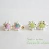 お店に並べていない、真珠の刺繍イヤリング。お花のピアスで過ごす土曜日!