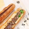 【パンもぐもぐ】Sucré:Salé by coron(シュクレサレ バイ コロン)の鹿肉と根菜のミートソースサンドとガナッシュノワール