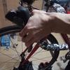 ロードバイクのブレーキの握り方、手が小さい握力ない人は3本指で