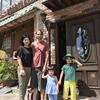 """自然な""""幸せオーラ""""家族に""""ほっこり""""をいただきました。お盆に3連泊。熱海温泉ハウス(一軒家貸切 天然源泉付き 簡易宿所) をお選びいただき、ありがとうございます。"""